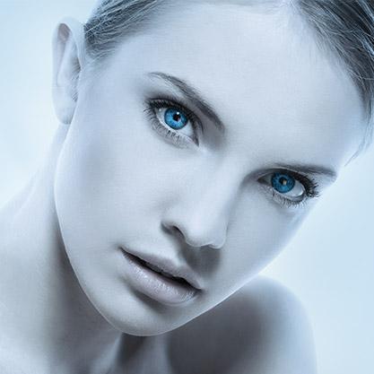 Viso Modella trattamento antirughe al viso