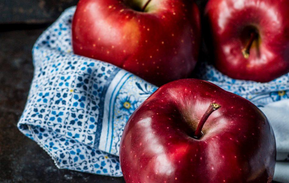 le mele sono tra i più importanti cibi drenanti