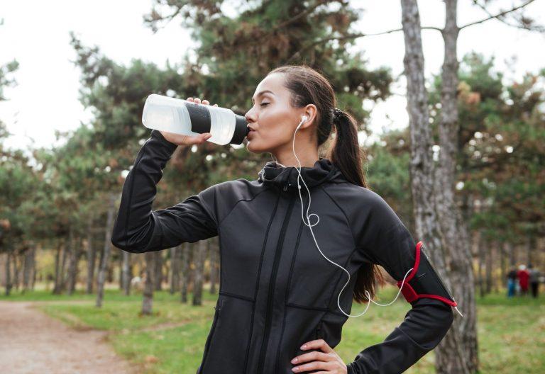 quale acqua bere per eliminare la cellulite