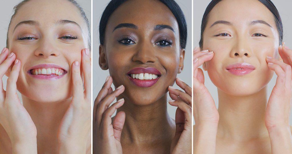 collage di tre giovani donne che sorridono