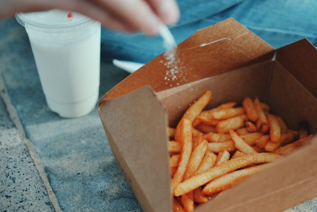 il sale è una delle cause della cellulite e della ritenzione idrica